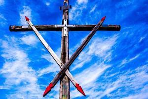 wooden cross zero photo