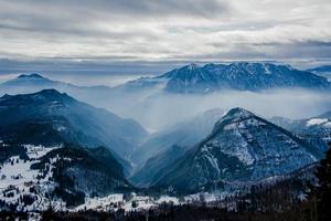 alpine valleys zero photo