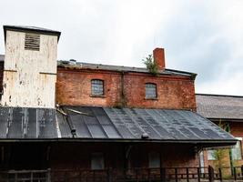 canopy and warehouse photo
