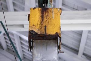Parte de la máquina en el molino de hilo Tomioka del patrimonio mundial foto