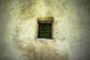 2021427 Sovizzo Small green window photo