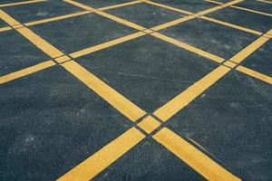yellow lines on the road photo