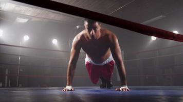 formation de boxeur en ring de boxe video