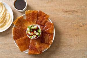 pato pekín - estilo de comida china foto
