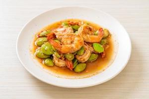 Stir-fried twisted cluster bean with shrimp - Thai food style photo