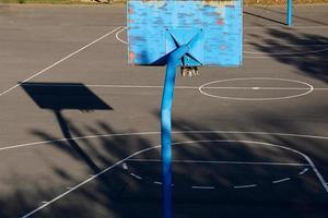 aro de baloncesto de la calle vieja foto