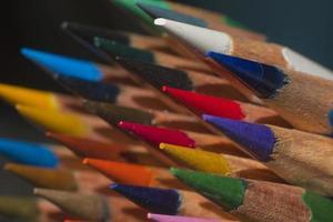 papel tapiz de lápices de colores afilados afilados foto