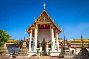 Wat Pho, el templo de Buda reclinado en Bangkok, Tailandia foto