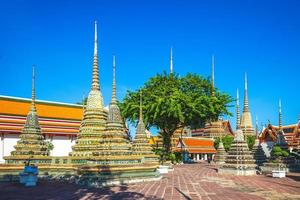 Phra Chedi Rai de Wat Pho en Bangkok, Tailandia foto
