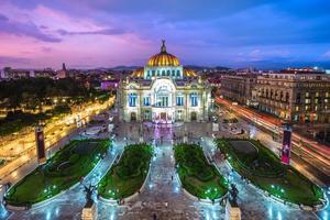 Palacio de Bellas Artes Palacio de Bellas Artes en la Ciudad de México. foto