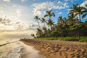 Paisaje en la playa de Kaanapali en la isla de Maui, Hawaii, EE. foto