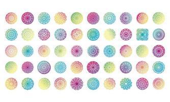 paquete de cincuenta mandalas coloridos establecer iconos vector