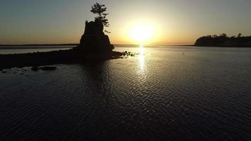 Flygfoto över Siletz Bay, Lincoln City, Oregon video