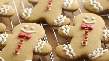 Closeup of homemade gingerbread cookies on cooling racks video