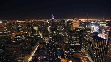 circa 2007, 4k tidsfördröjning skott av New York City Skyline på natten video