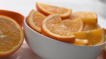 bol d'oranges en super slow motion, tourné sur fantôme flex 4k video
