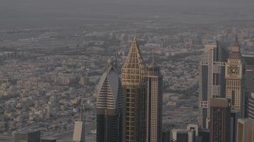 gratte-ciel du centre-ville de dubaï video
