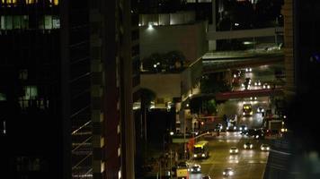 bâtiments de la ville la nuit au centre-ville de los angeles video