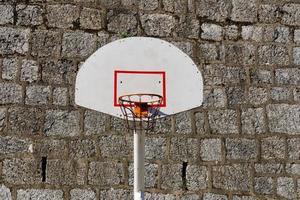 aro de baloncesto callejero foto