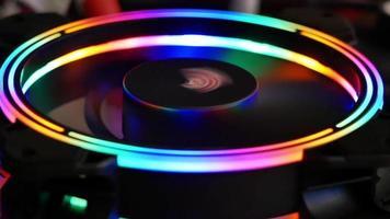 luz led rgb colorida de ventilador de computador para o trabalho video