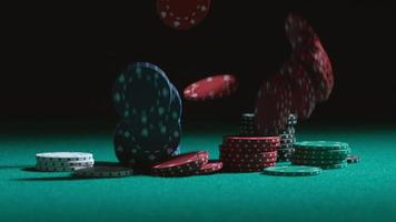 fichas de pôquer caindo em câmera lenta baleadas em phantom flex 4k a 1000 fps video