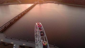 voo sobre a roda gigante tiroteio aéreo video
