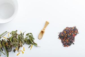 té aromático asiático hierbas beneficios mentales y para la salud foto