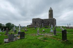 turlough round tower mayo de irlanda foto