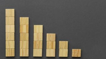 concepto gráfico con bloques de madera foto