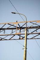poste de luz streen vista contra el cielo foto