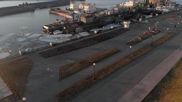 översikt över flodhamnen video