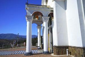 templo-faro de memoria de todos los muertos en el agua y viajes. foto