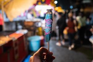 comida dulce de plátano en kawaguchiko foto