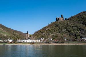 la ciudad de boppard en el área del rin alemán foto