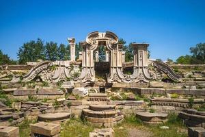 ruinas en yuanming yuan en beijing, china foto
