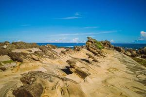 Xiaoyeliu en la costa oriental de Taitung, Taiwán foto
