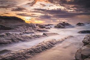 Área escénica de Xiaoyeliu en la costa oriental de Taitung, Taiwán foto