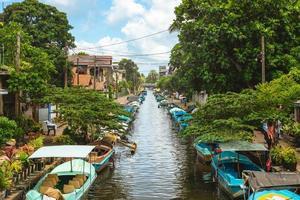 Canal de Hamilton también conocido como canal holandés en Negombo, Sri Lanka foto