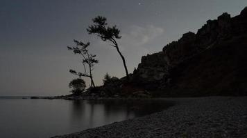 time-lapse van de sterrenhemel op baikal video