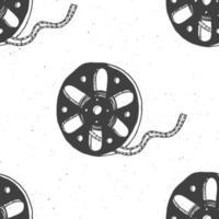 Cinta de cine y carrete de película vintage de patrones sin fisuras, boceto dibujado a mano, industria de cine y cine retro, ilustración vectorial vector