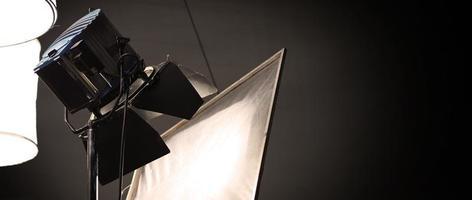 equipos de luz de estudio para foto o película de video.