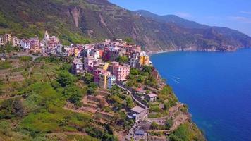 vue aérienne de corniglia, cinque terre, italie. video
