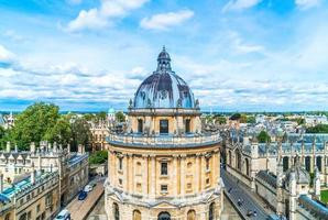 Radcliffe Camera y All Souls College de la Universidad de Oxford. Oxford, Reino Unido foto
