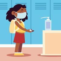 regreso a la escuela para una nueva estudiante normal y linda con dispensador de desinfectante para manos vector