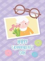 feliz día de los abuelos, linda abuela con foto de flores y tarjeta de dibujos animados de gafas vector