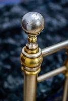 perilla de cama de hierro forjado foto