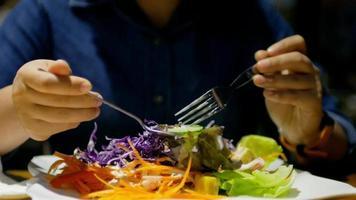 closeup alimentos dieta saudável orgânica hd vídeo detalhe video
