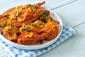 cangrejo salteado con curry en polvo foto