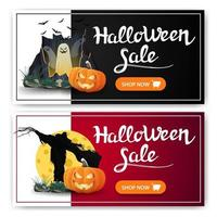 venta de halloween, dos pancartas de descuento con portal con fantasmas, espantapájaros y calabaza contra la luna vector
