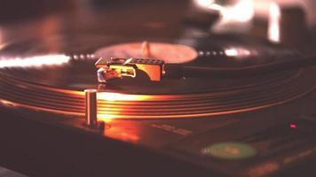 agulhas dj toca-discos video